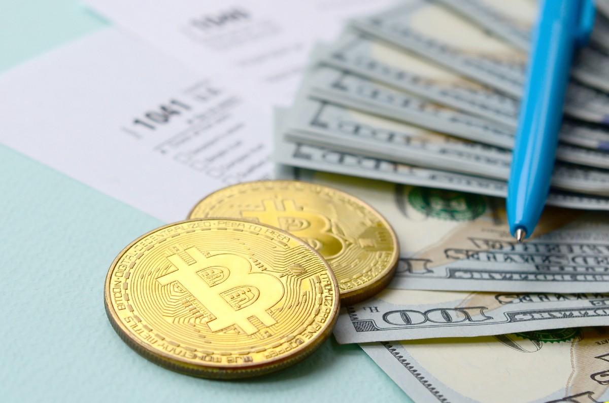 Fin de la bulle ? Le bitcoin plonge après de grosses prises de bénéfices - Mon Livret